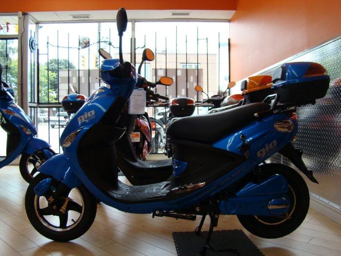 Gio E-Bike Blue